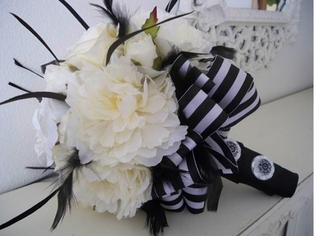 biało czarny bukiet