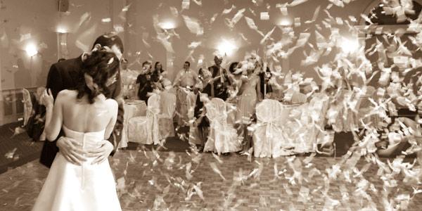 Ślubne confetti, www.kobietamag.pl