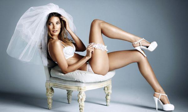 Victoria secret model Lily Aldridge launches new wedding colecction BRIDAL 2011  ?? MFG/ Target Press - 15/04/2011 Hand out Pics
