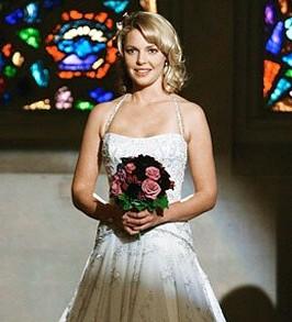 suknia ślubna Katherine Heighl w serialu Chirirdzy
