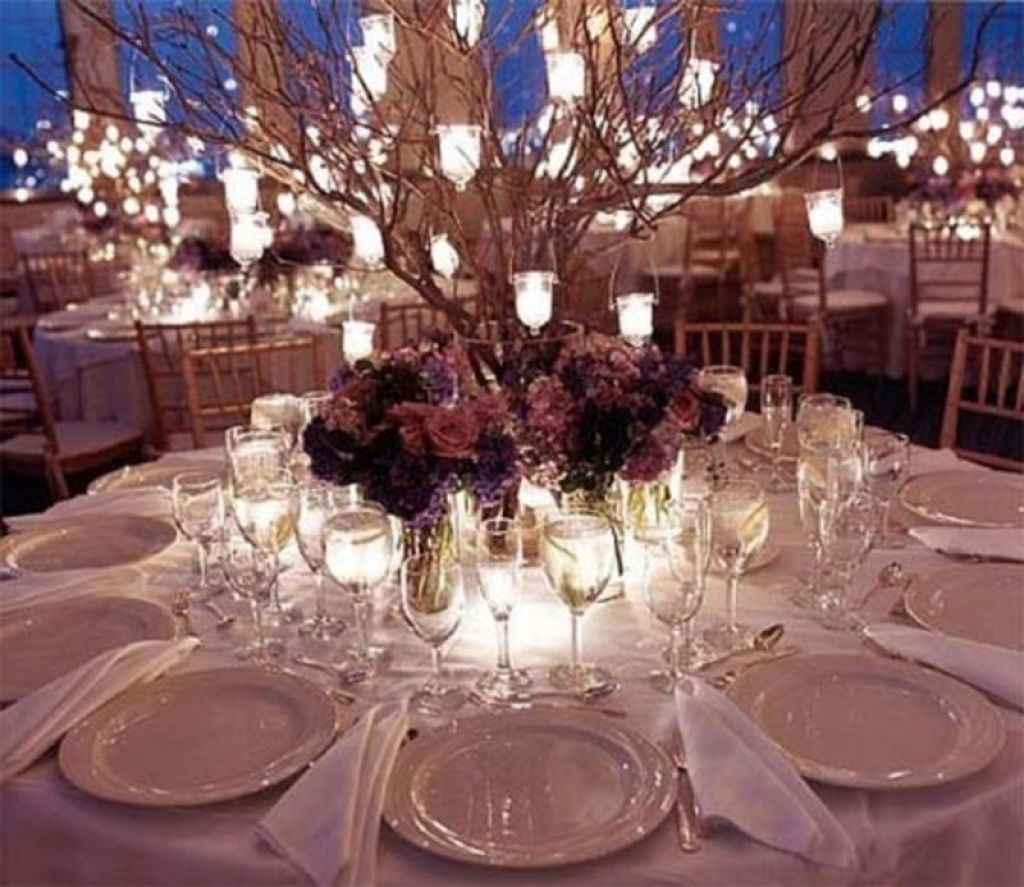 nice-decoration-with-lantern-hanging-centerpiece-for-modern-wedding-decoration-and-candles-ornament-and-also-white-table-color-550b1140cd489