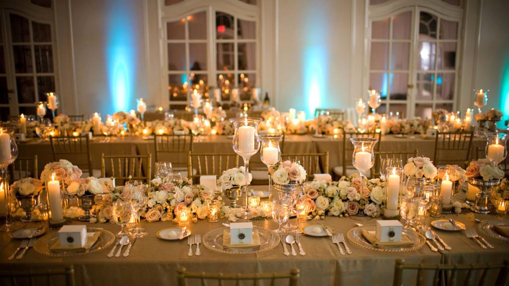 złoty stół
