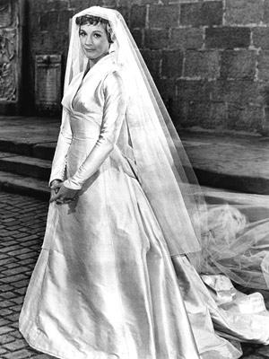 suknia Julie Andrews dźwięki muzyki