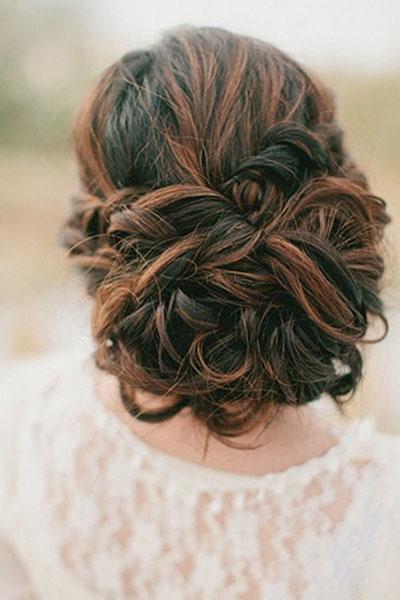 fryzura weselna dla włosów długich