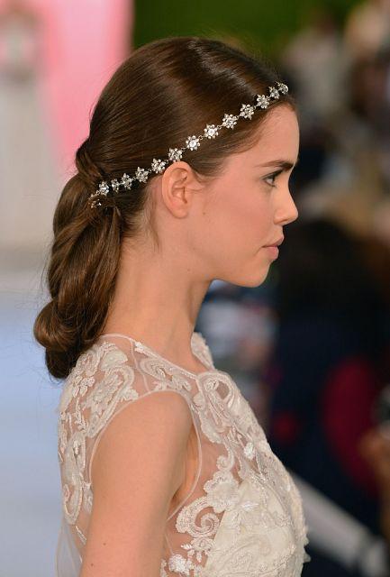 fryzura weselna włosy długie