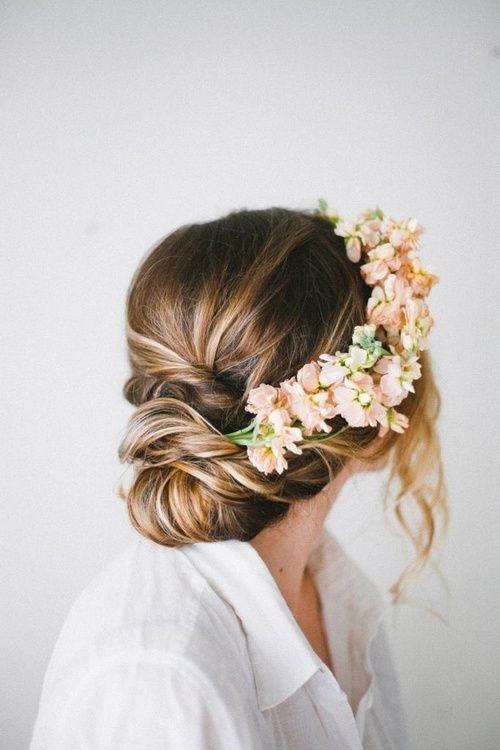 romantyczna fryzura na wesele