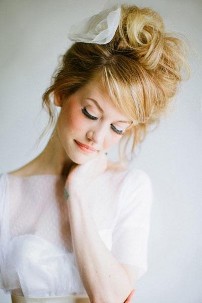 fryzura na wesele retro