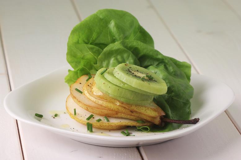 gruszka-kiwi-sałata
