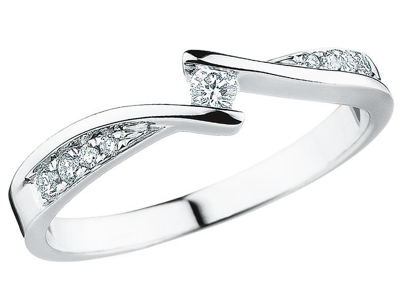 Pierścionki Zaręczynowe W Kolorze ślub W Białej