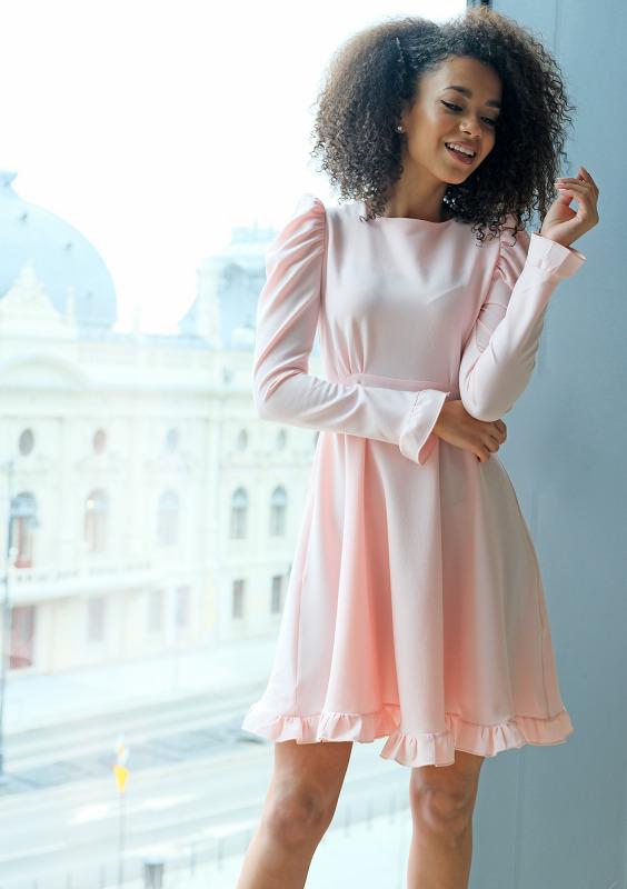 pudrowa-sukienka-o-trapezowym-kroju-z-falbankami-mosquito-sklep