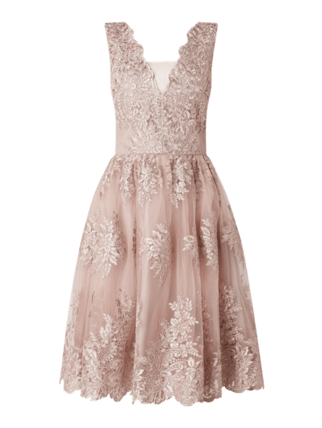 rozowa-sukienka-chi-chi-london-peek&cloppenburg-bez-rekawow-midi-rozkloszowana-allani