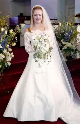 Suknia Melissa Joan Hart w serialu Sabrina Nastoletnia Czarownica