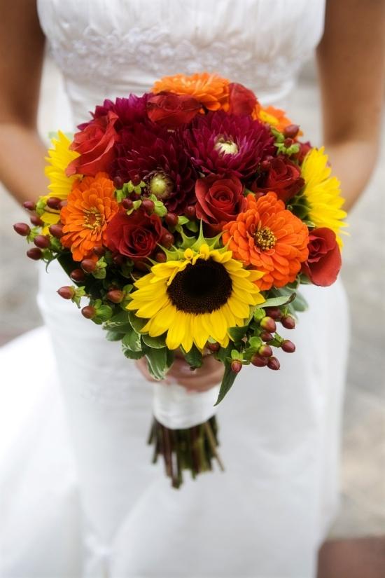 żółto-czerwony bukiet ślubny