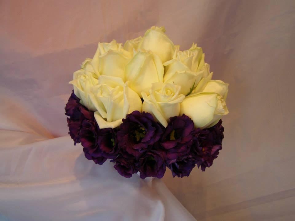 żółto-fioletowy bukiet ślubny