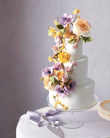 fioletowo-żółty tort weselny