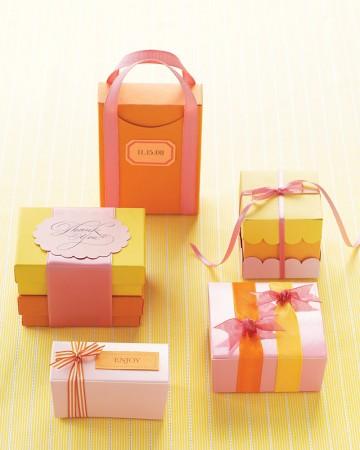 pomarańczowo-żółte dodatki na stół weselny