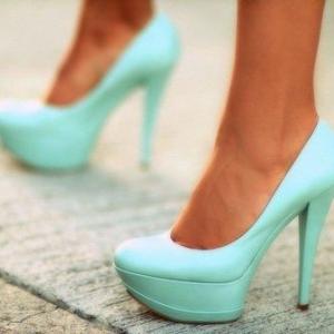buty ślubne w kolorze mięty