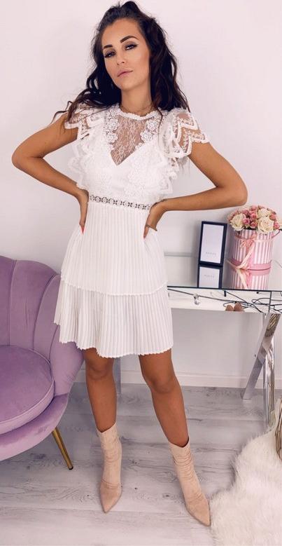 Sukienka Hollywood Dream w stylu casual z okrągłym dekoltrm Allami
