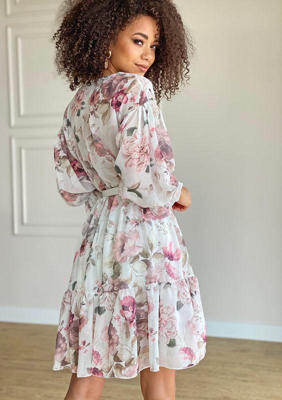 sukienka-z-szyfonu-w-kwiaty-biala-mosquito-sklep