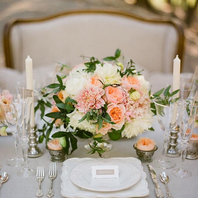 wiosenny stół weselny